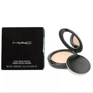 MAC Select Sheer Pressed Powder - NC20 full size